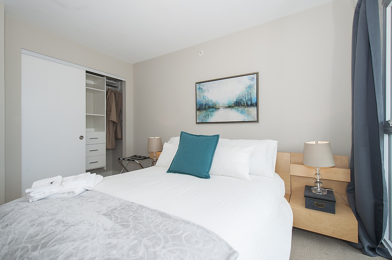 King Bed Vs Queen Bed In 1 Bedroom Condo We Are Your